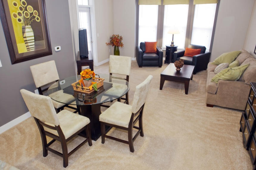 Legacy PH2 - dining area (apartment)