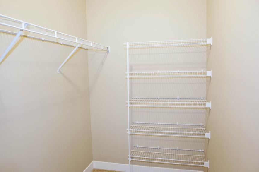 ... Legacy PH2   Model Bedroom 1 Closet (apartment) ...